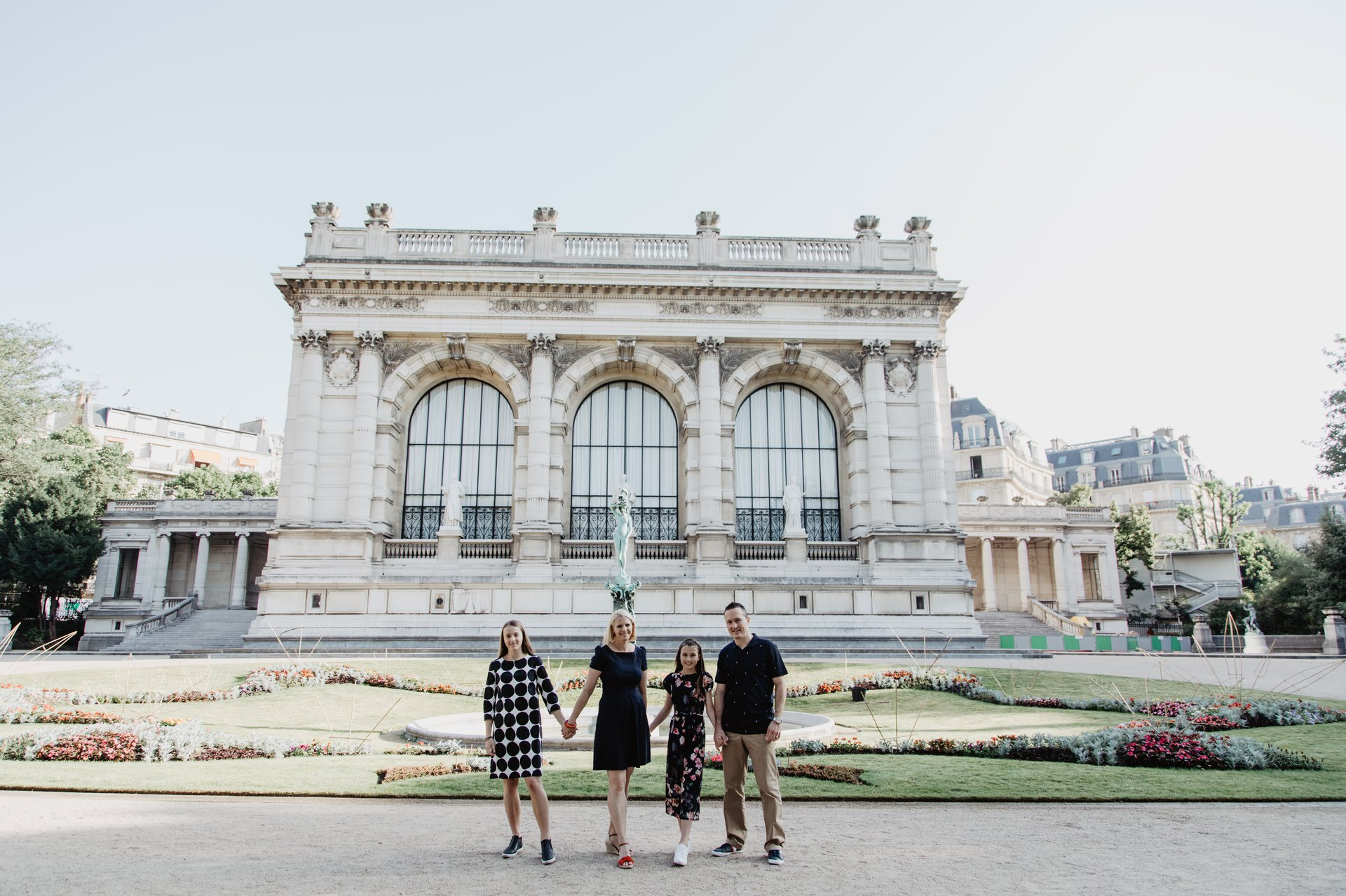 Flytographer Travel Story - Paris Love the Newton's