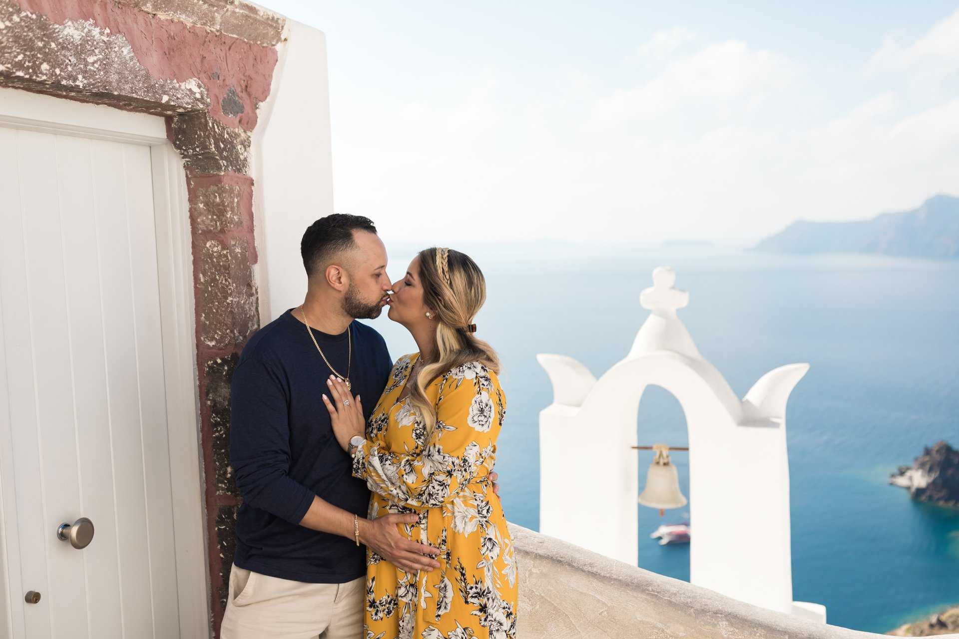 Santorini-Greece-travel-story-Flytographer-12
