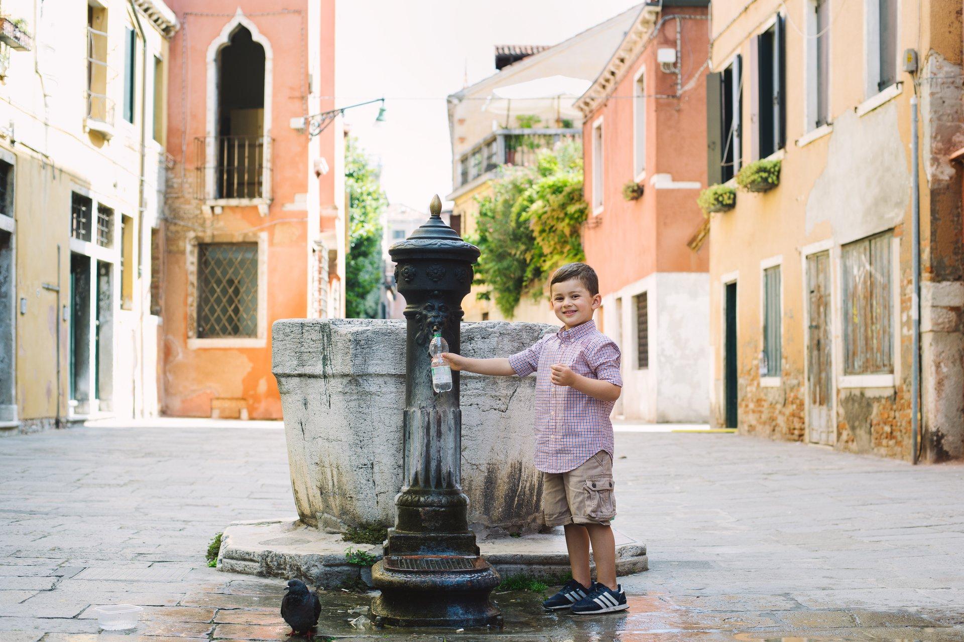 Venice-Italy-travel-story-Flytographer-17