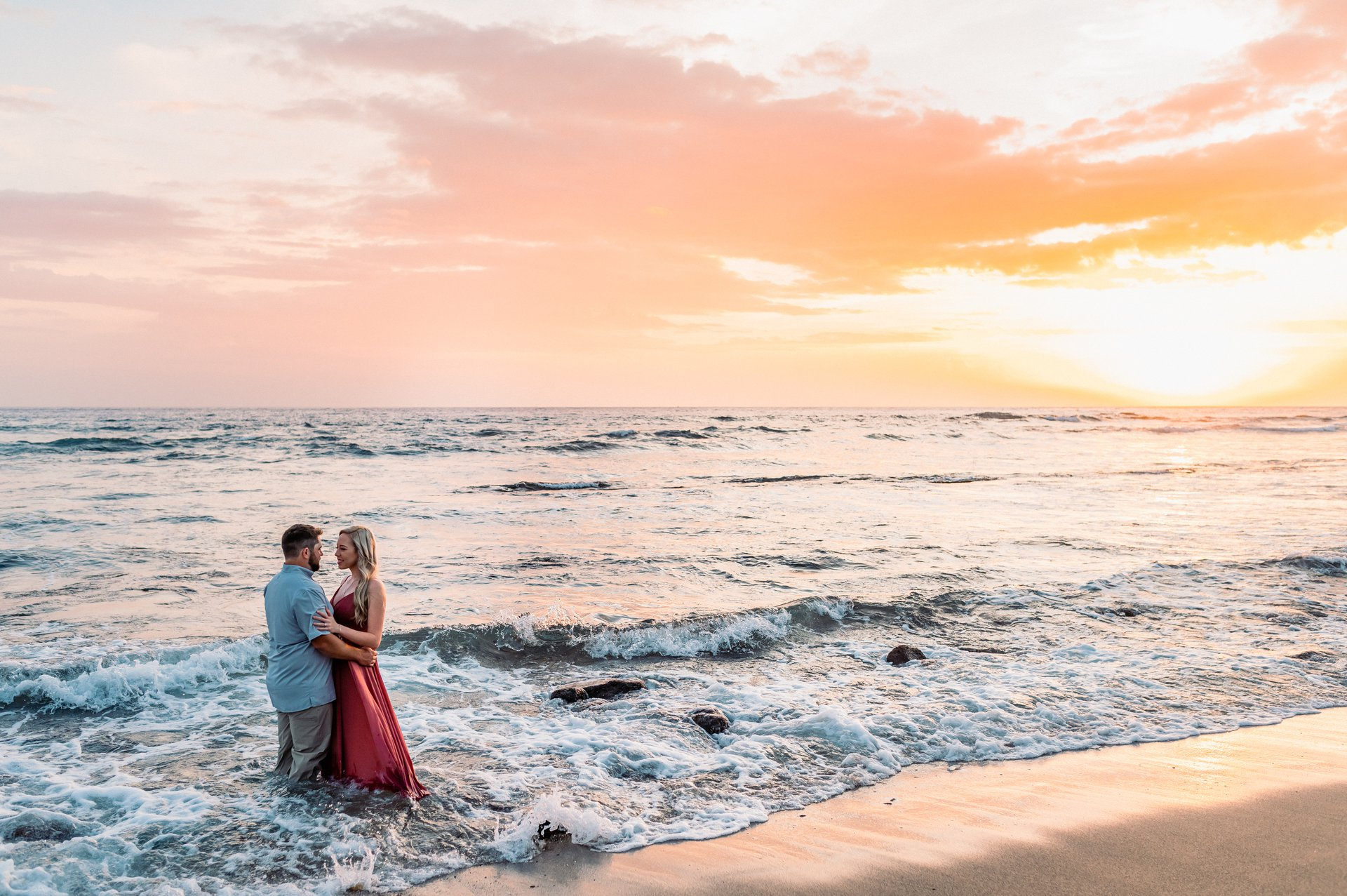 Flytographer Travel Story - First Wedding Anniversary in Hawaii