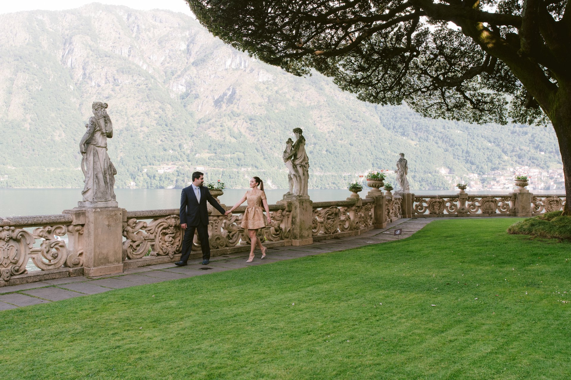 Lake Como-Italy-travel-story-Flytographer-37