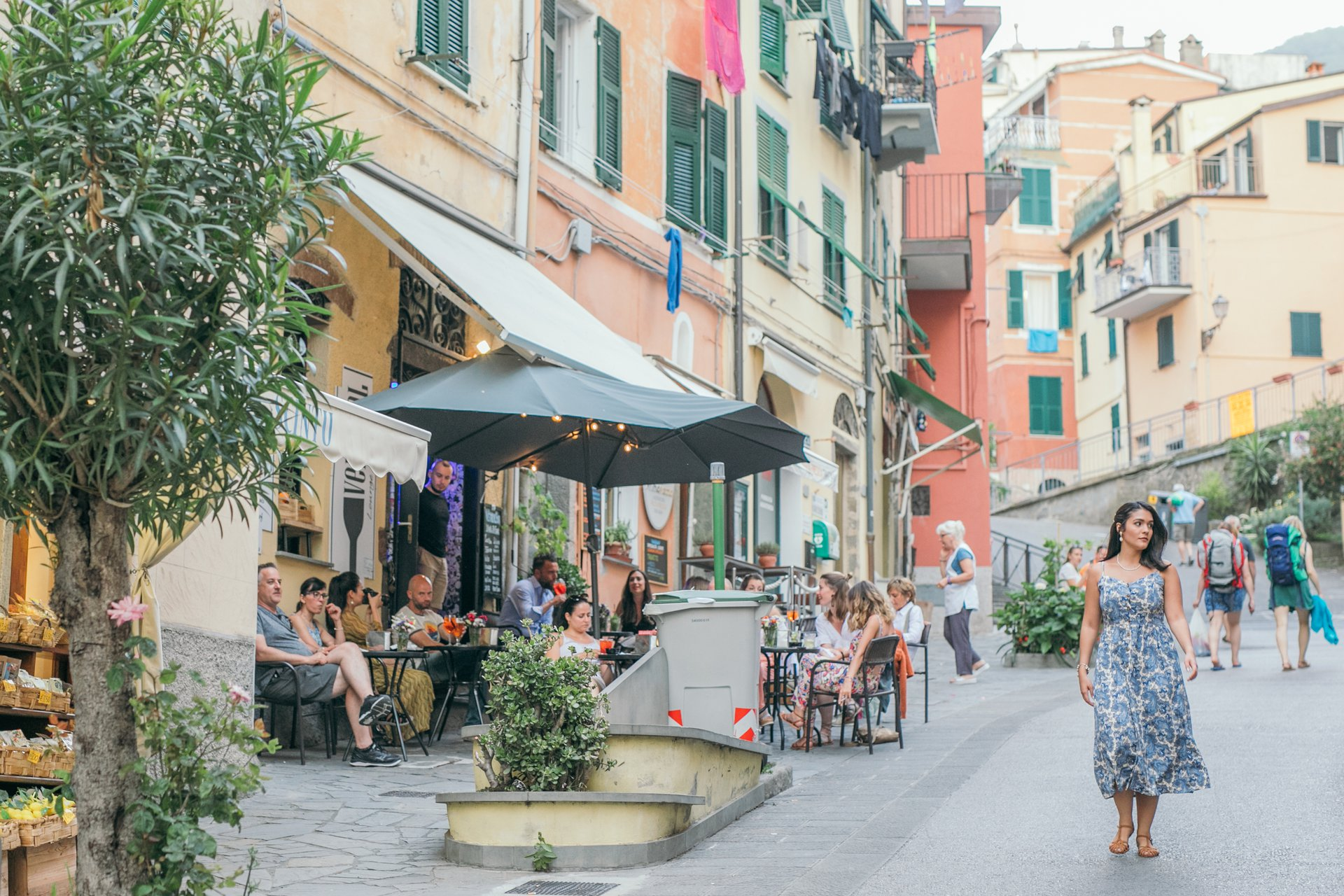 Cinque Terre-Italy-travel-story-Flytographer-22