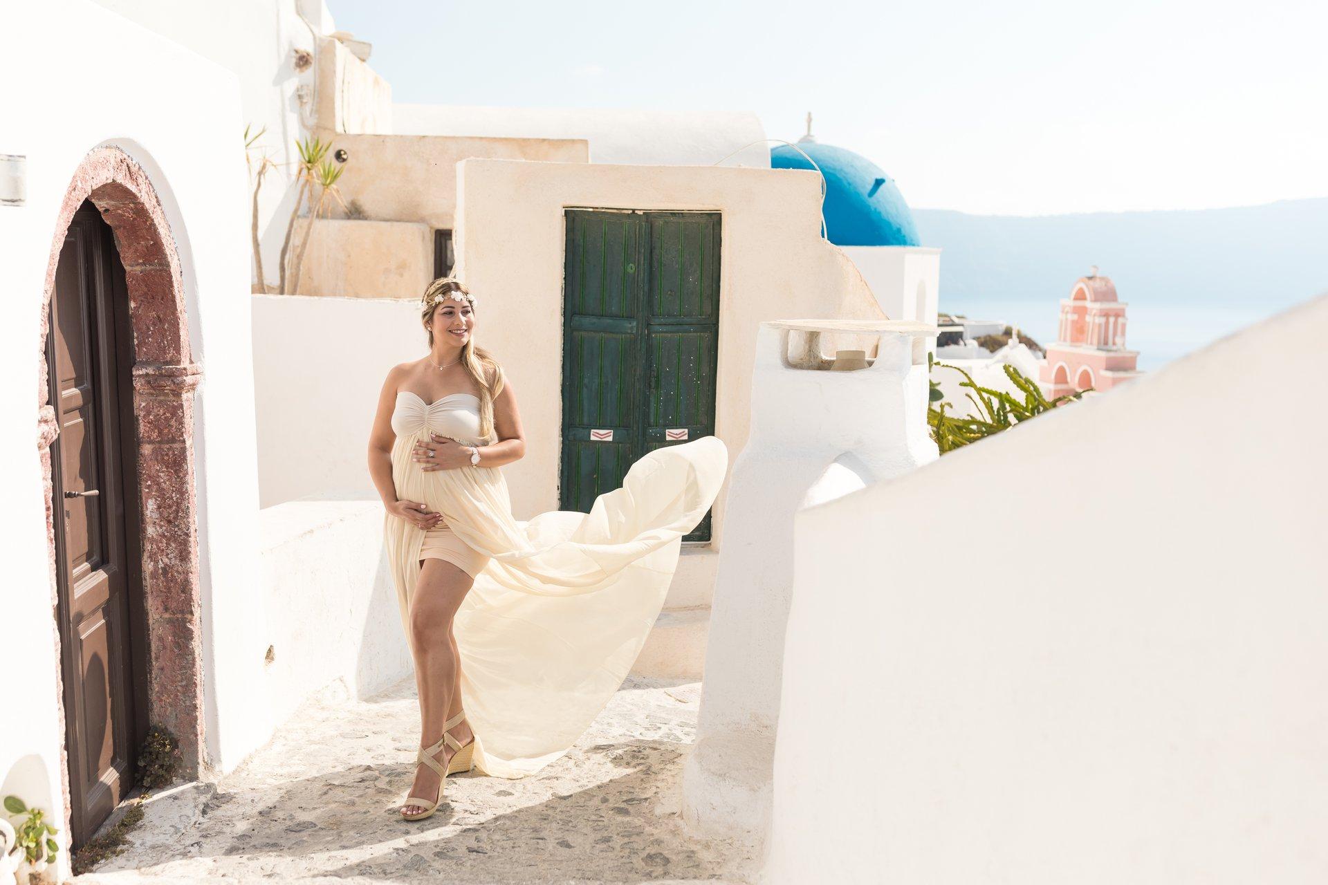Santorini-Greece-travel-story-Flytographer-16