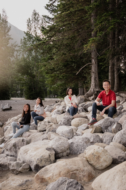 Banff-Canada-travel-story-Flytographer-8