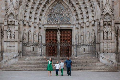 Flytographer photo shoot in Barcelona