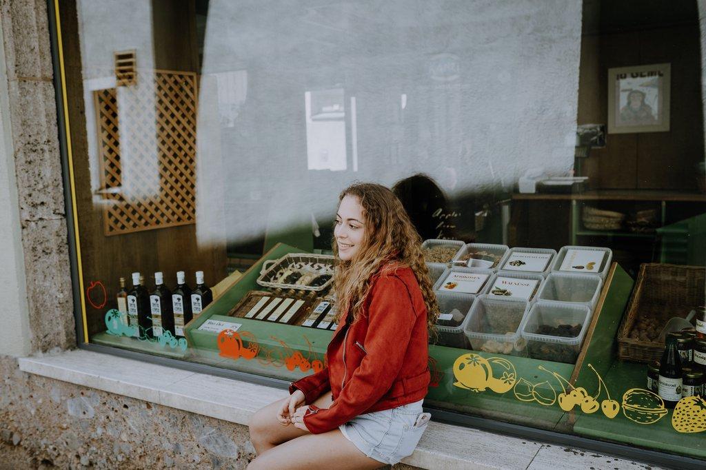 Julia's Portfolio - Image 12