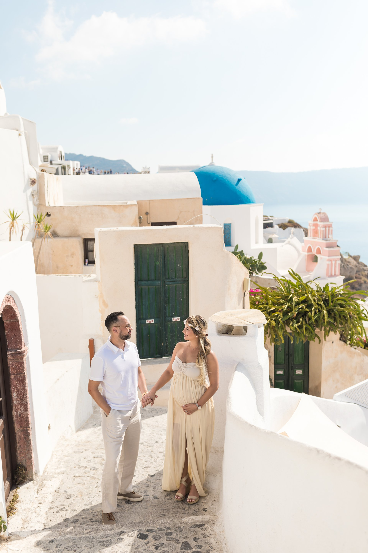 Santorini-Greece-travel-story-Flytographer-17