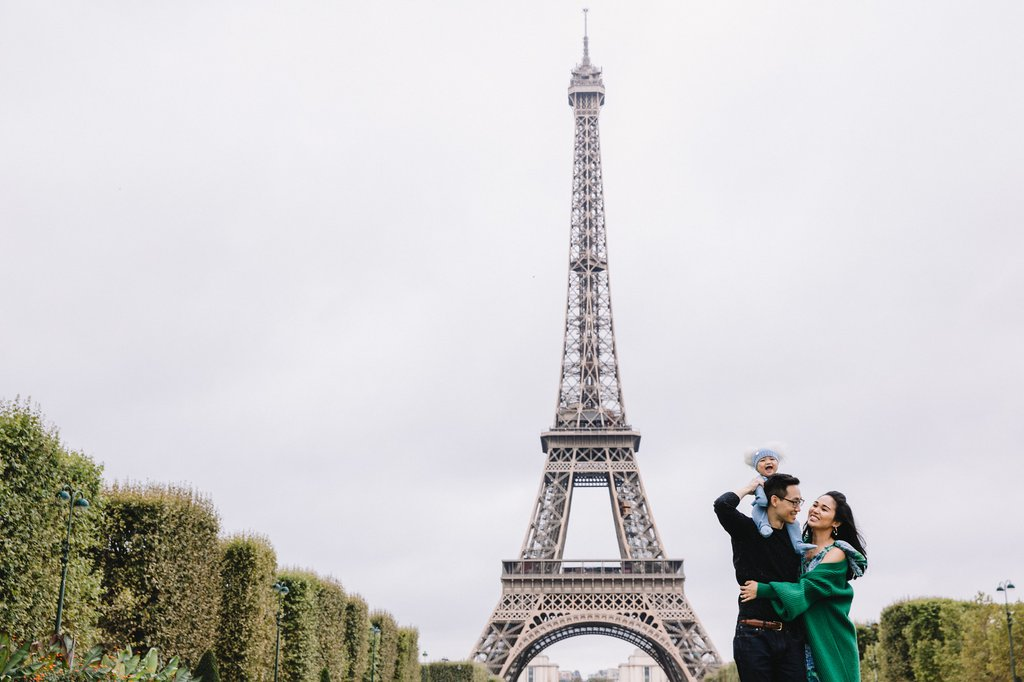 Paris Photographers - Hire a Professional Vacation or Proposal