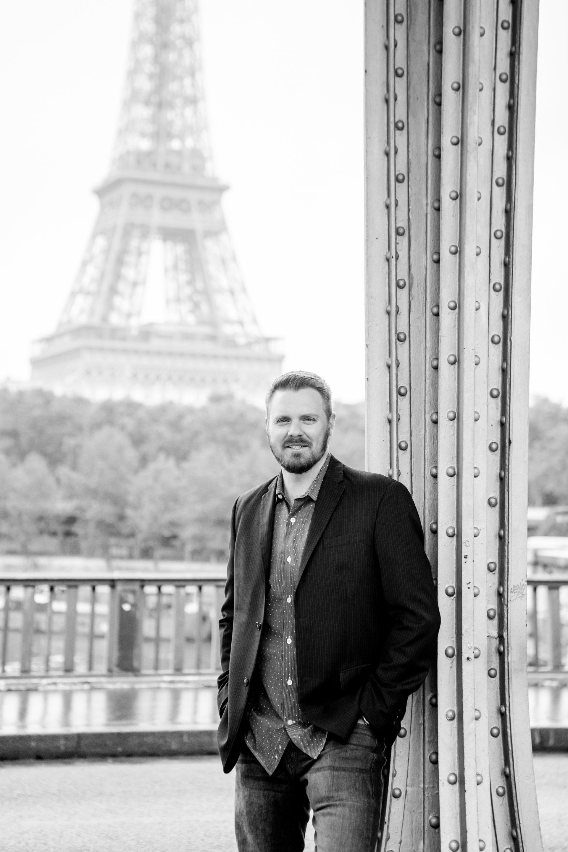 Paris-France-travel-story-Flytographer-37