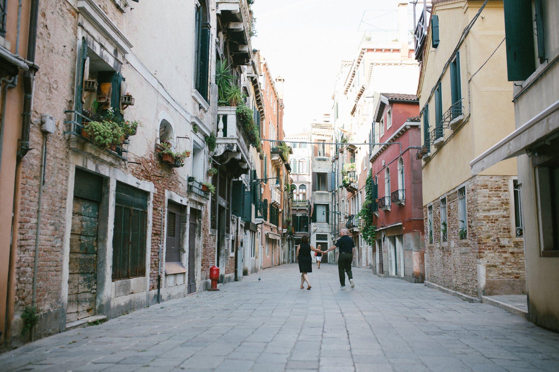 Venice-Italy-travel-story-Flytographer-21