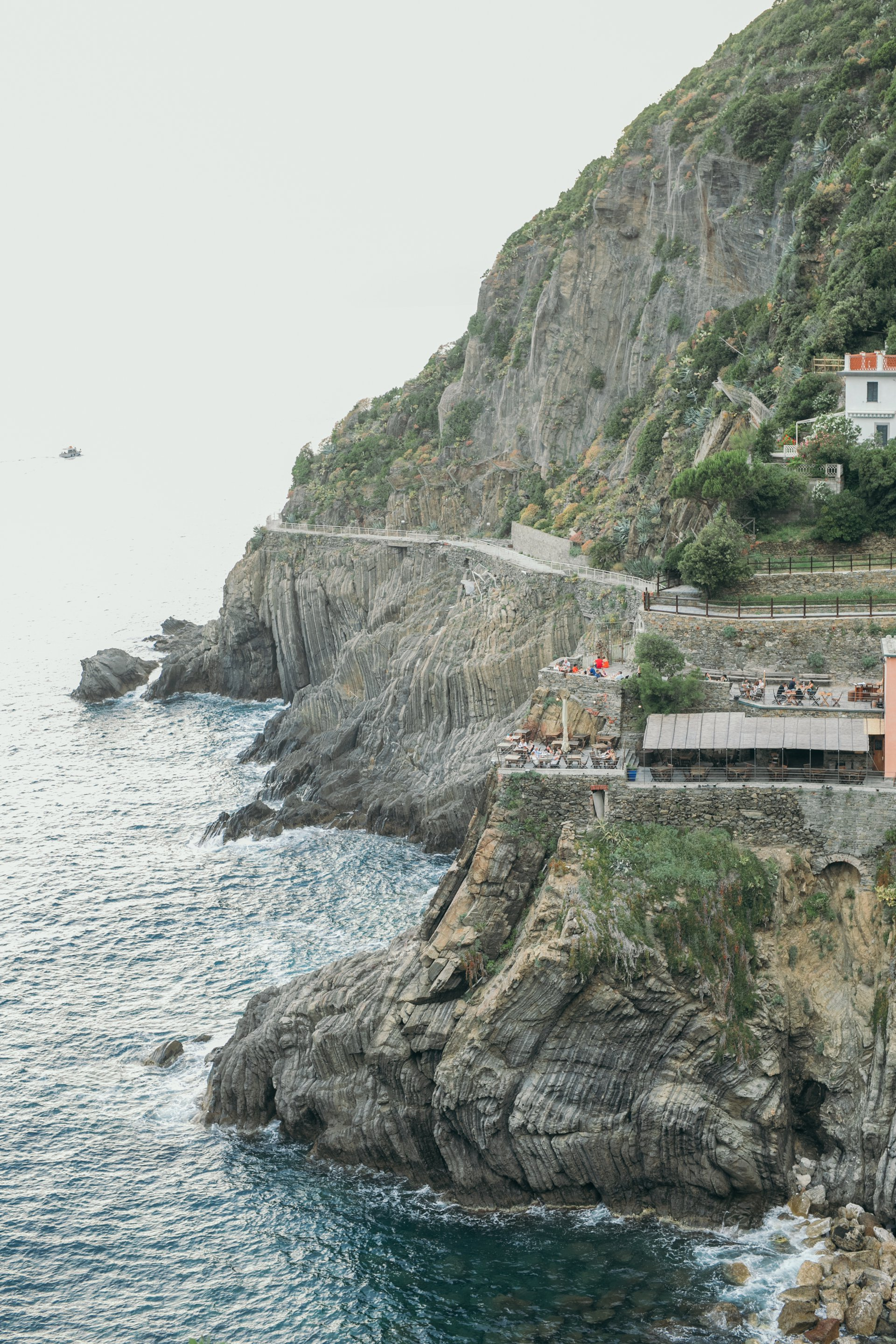 Cinque Terre-Italy-travel-story-Flytographer-40